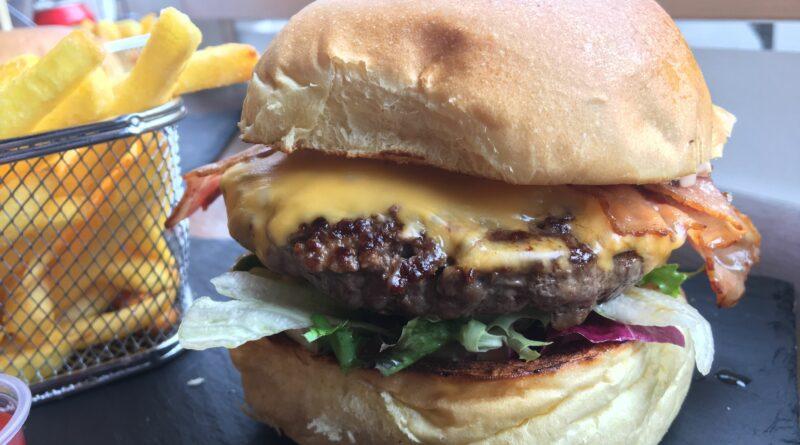 EatStreet Cheltenham Bacon & Cheese Burger